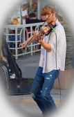 "Great violinist. A little pose for ""moi"" please?"