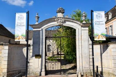Entering the Château.