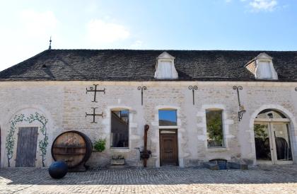 Château de Pommard's grounds.