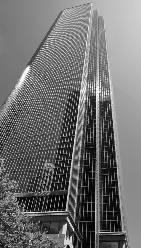 B&WArchitectural_DSC0739