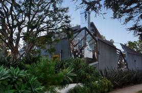 Gehry Residence, Sta. Monica, CA - Photo A. Furtado