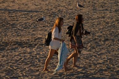BeachGoers-DSC_0438