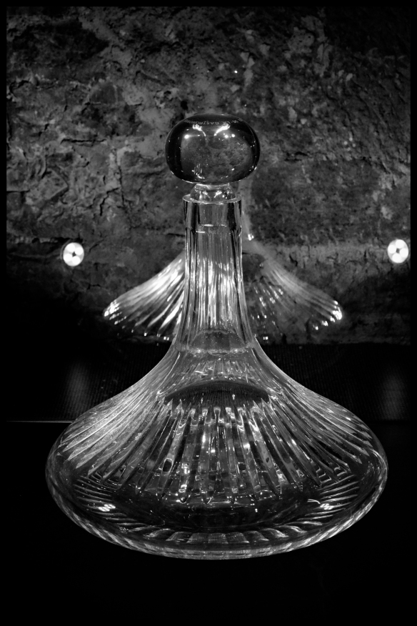 Glass-BW-Web_DSC0556