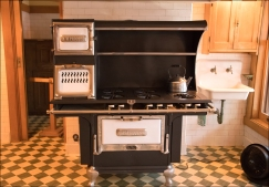 Kitchen/Stove